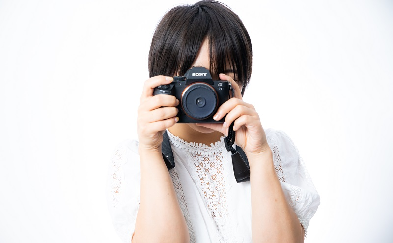 Omiai(おみあい)のプロフィール写真の選び方。笑顔の男性は女性に好印象!